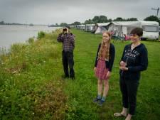 Campings in Gendt en Oosterhout gaan kopje onder: 'Lastig voor onze gasten, maar een windhoos is erger'