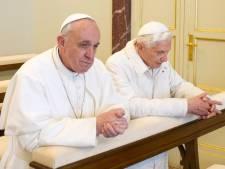 Benoît XVI rentre au Vatican pour une cohabitation inédite avec François