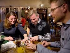 Aan tafel met tien telgen van spermadokter Jan Karbaat