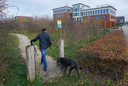 Deel van Klimaatbos dat wordt opgeofferd voor nieuwe parkeerplaats van CSU Uden. Iets verderop aan de Patrijsweg komt het viervoudige aan natuur terug.