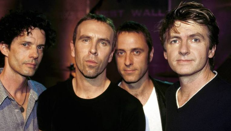 Crowded House in 1996. Beeld Getty
