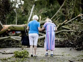 Windhoos treft Nederlandse Leersum:  4 gewonden en  tientallen bomen omgeknakt