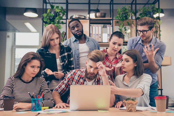 De meeste werknemers kunnen slecht tegen kritiek. Negatieve feedback van een collega wordt vaak als bedreigend ervaren. De criticus wordt zoveel mogelijk vermeden.