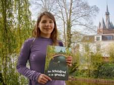 Anne werd zó verliefd op Zwolle, dat ze een prentenboek maakte over Zwolse schildpadden