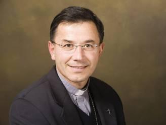 """Franse bisschop neemt ontslag wegens """"ongepast gedrag"""" met jongeren"""