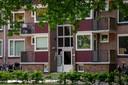 De vijftien flats aan de Edisonlaan en Generaal Smutslaan voldoen niet aan de moderne wooneisen. Zo hebben ze geen lift.