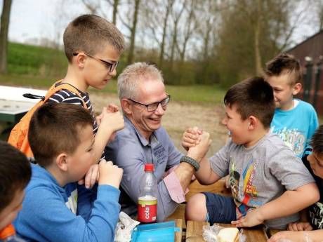 Arie Graafland organiseert al jaren vakanties voor Bosnische kinderen