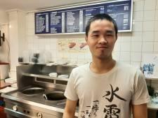 Met hakmes in de hand verjaagt Jeffrey (23) gewapende overvaller uit Enschedese snackbar