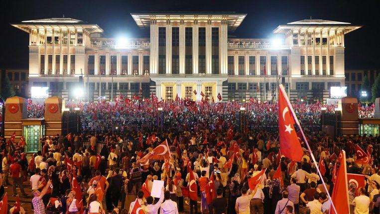 Demonstratie tegen coup Beeld epa