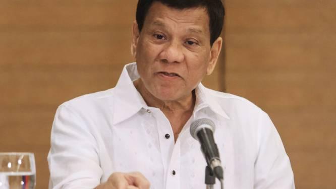 """Filipijnse president Duterte: """"Schiet me dood, maar sluit me niet op"""""""