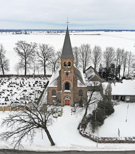 Verkoop kerk leidt tot verdriet en verdeeldheid in Geerdijk: 'Dit gebeurt straks in alle kerkdorpen van Twente'