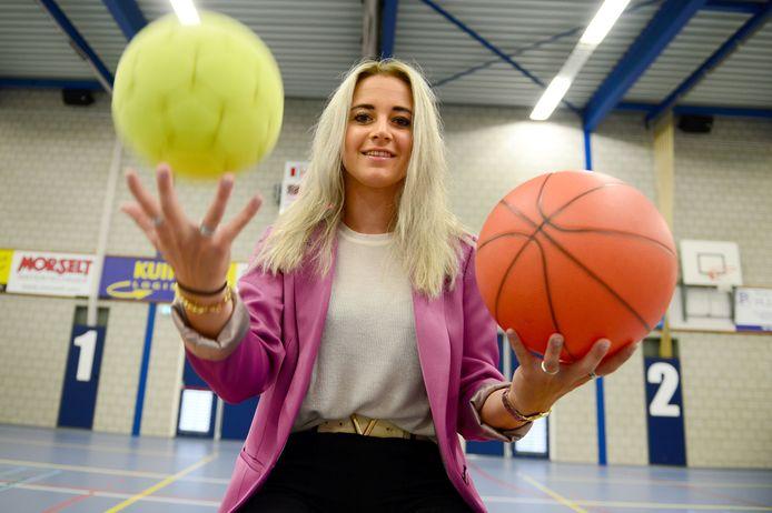 Noortje Haarman uit Fleringen combineert politiek, werk, sport en een sociaal leven: ze wil alles uit het leven halen.