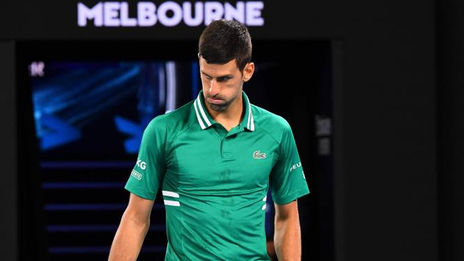 Geblesseerde Djokovic slaat training over in Melbourne door buikspierblessure