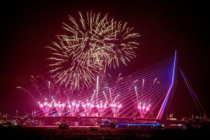 Het Rotterdams Philharmonisch Orkest begeleidde eerder het Nationale Vuurwerk in Rotterdam, maar is het ook van de partij bij de alternatieve lichtshow?