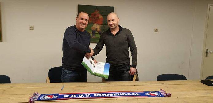 Mark Klippel (rechts) verlengt bij RKVV Roosendaal.