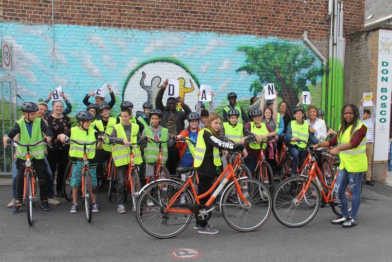 Soroptimist Aalst heeft 20 fietsen geschonken aan Don Bosco Aalst.