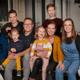 Kijkers 'Een huis vol' hebben veel bewondering voor aanpak ouders in coronatijd