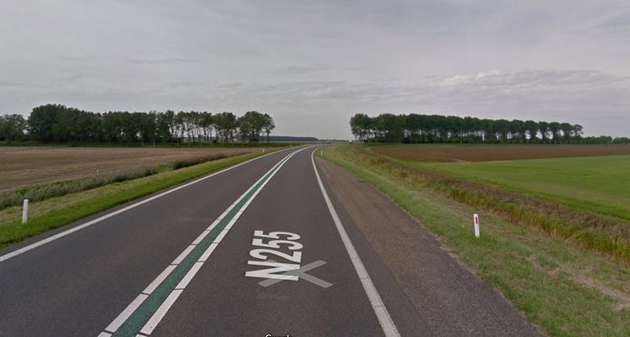 Oost Westweg op Noord-Beveland.