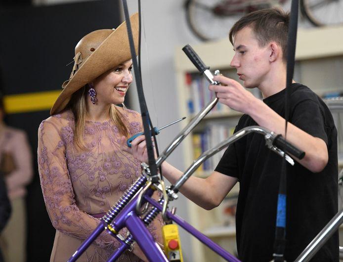 Maxima bezocht de fietsenmakers
