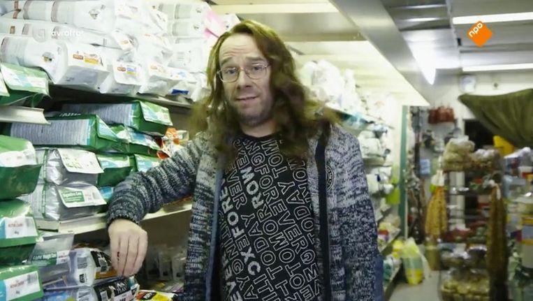 Owen Schumacher als Dennis van den Burg Beeld AvroTros