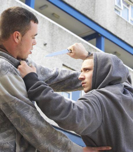 Jongen (18) slachtoffer van straatroof in Hengelo, dader nog spoorloos