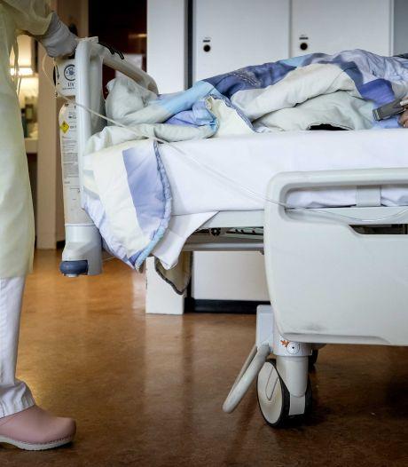 LIVE | Steeds minder coronapatiënten belanden in ziekenhuis, Gommers verwacht in najaar opnieuw drukte op IC