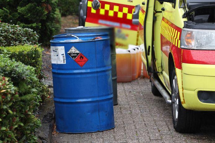 Busje met vermoedelijk drugsafval aangetroffen.