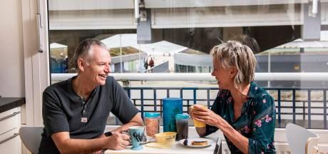 Van Curaçao naar Scheveningen, Ronald en Saskia genieten elke dag van hun doorkijkje naar zee