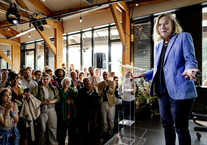 Partijleider Sigrid Kaag van D66 tijdens een bijeenkomst met partijleden.