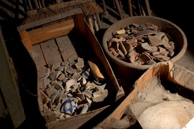 Wie helpt uitdokteren waar deze vondsten vandaan komen?