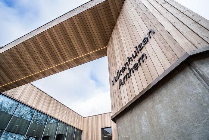 Het nieuwe aanzicht van sportcentrum Valkenhuizen.