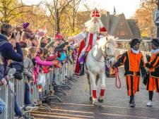 Intocht Sinterklaas in Zwolle zonder parade en met roetveegpiet