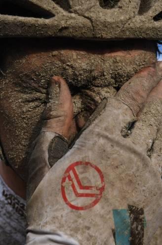 """COLUMN. """"Het zou me niet verbazen als er over 2.000 jaar tientallen renners worden opgegraven door archeologen"""""""