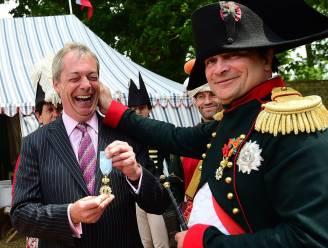 Nigel Farage viert nederlaag van Napoleon