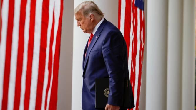 """Reconstructie van uitzonderlijke inspanningen om Trump te redden van Covid-19: """"Stafchef vreesde dat president zou sterven"""""""