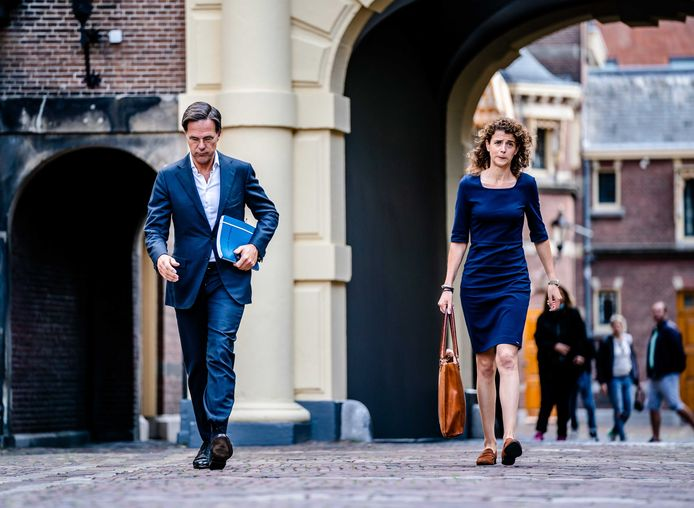 Mark Rutte (VVD) en Sophie Hermans (VVD) tijdens de kabinetsformatie.