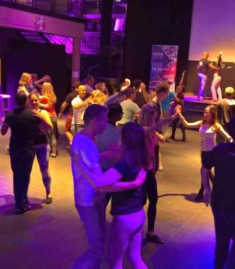 Duizenden jongeren naar Etten-Leur voor danscongres