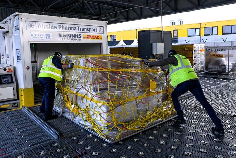 Farmatransport in Zaventem. Brussels Airport heeft tien jaar geleden al beslist zich te concentreren op de farmasector.  Beeld BELGA