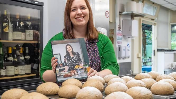"""Julie (29), opgegroeid in visrestaurant Kelderman, heeft eigen bakboek: """"Bakgenen geërfd van grootmoeder"""""""