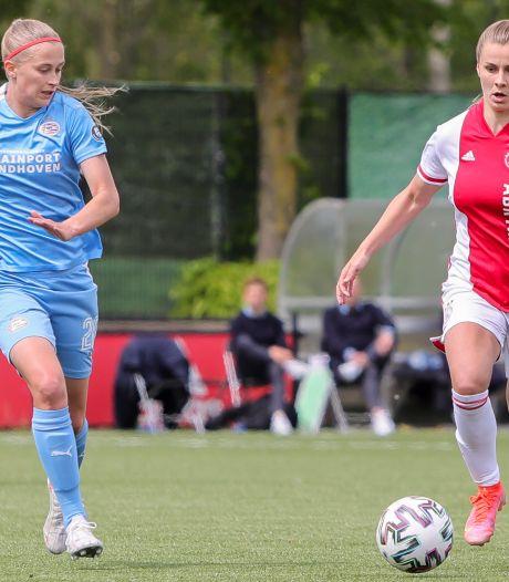 PSV Vrouwen verliest van Ajax en ziet landstitel naar FC Twente gaan