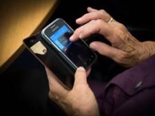 Duo steelt telefoon bij Intratuin in Duiven, maar is op camerabeelden te zien. Nu mogen ze zichzelf melden