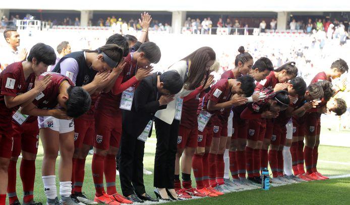 Een mooi dankgebaar van Thailand richting de fans.