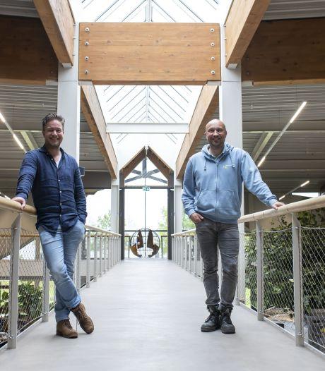 Niverplast in Nijverdal groeit snel, maar waar is het nieuwe personeel? 'Iedereen vist in dezelfde vijver'