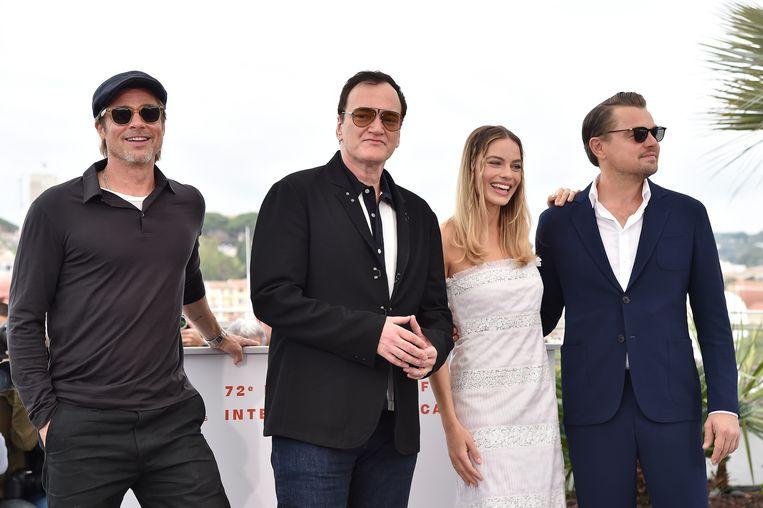 Brad Pitt, regisseur Quentin Tarantino, Margot Robbie en Leonardo DiCaprio op het Cannes Film Festival voor Once Upon A Time In Hollywood. Beeld null