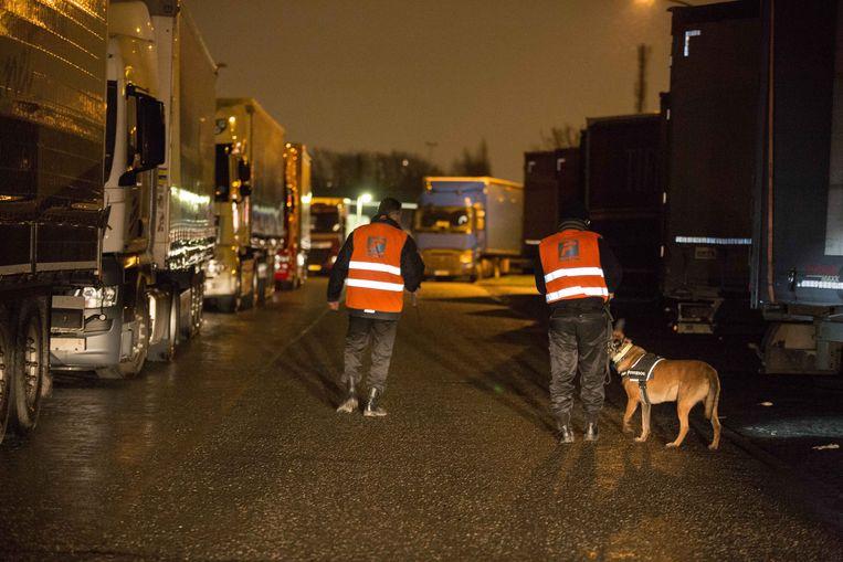 Illustratie: controles op de snelwegparking van Groot-Bijgaarden