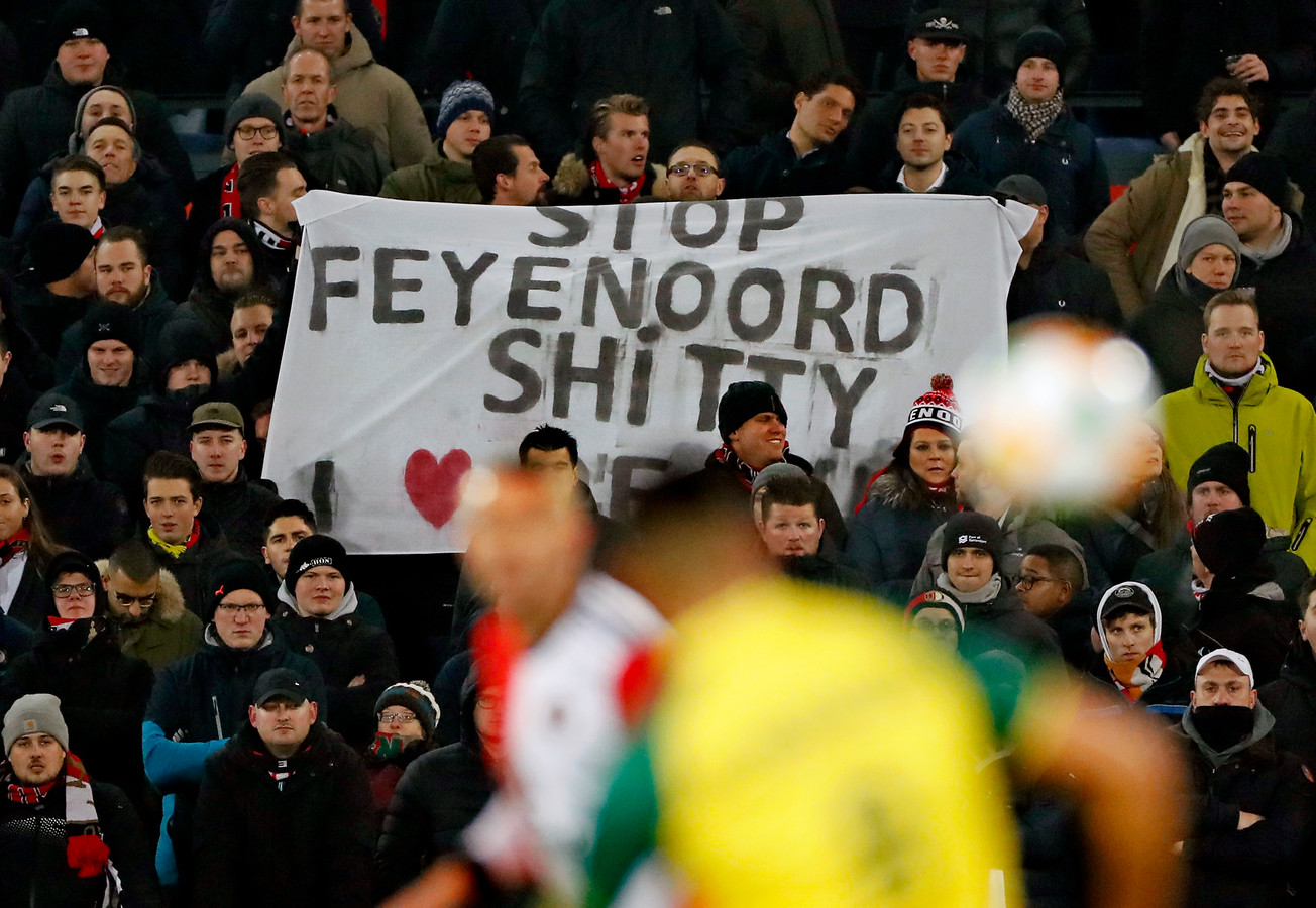 Protest tegen Feyenoord City.
