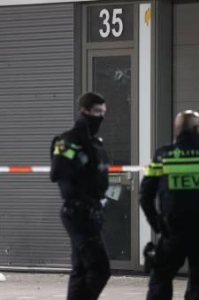 Haperend pistool, explosie en een wegscheurende auto: geweld tegen Haags restaurant gefilmd