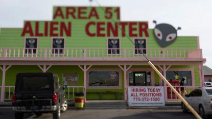 """Nederlanders na arrestatie bij Area 51: """"We zitten vast omdat we YouTubers zijn"""""""