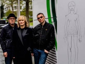 Ze zijn vertrokken: Hooverphonic reist af naar Rotterdam (+ dit zijn de eerste schetsen van Geikes jurk)