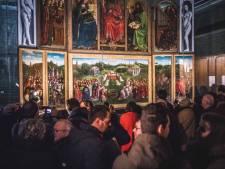 """Meteen vol huis voor terugkeer Lam Gods in Sint-Baafs: """"Oei, geen rekening gehouden met dergelijke wachtrijen"""""""